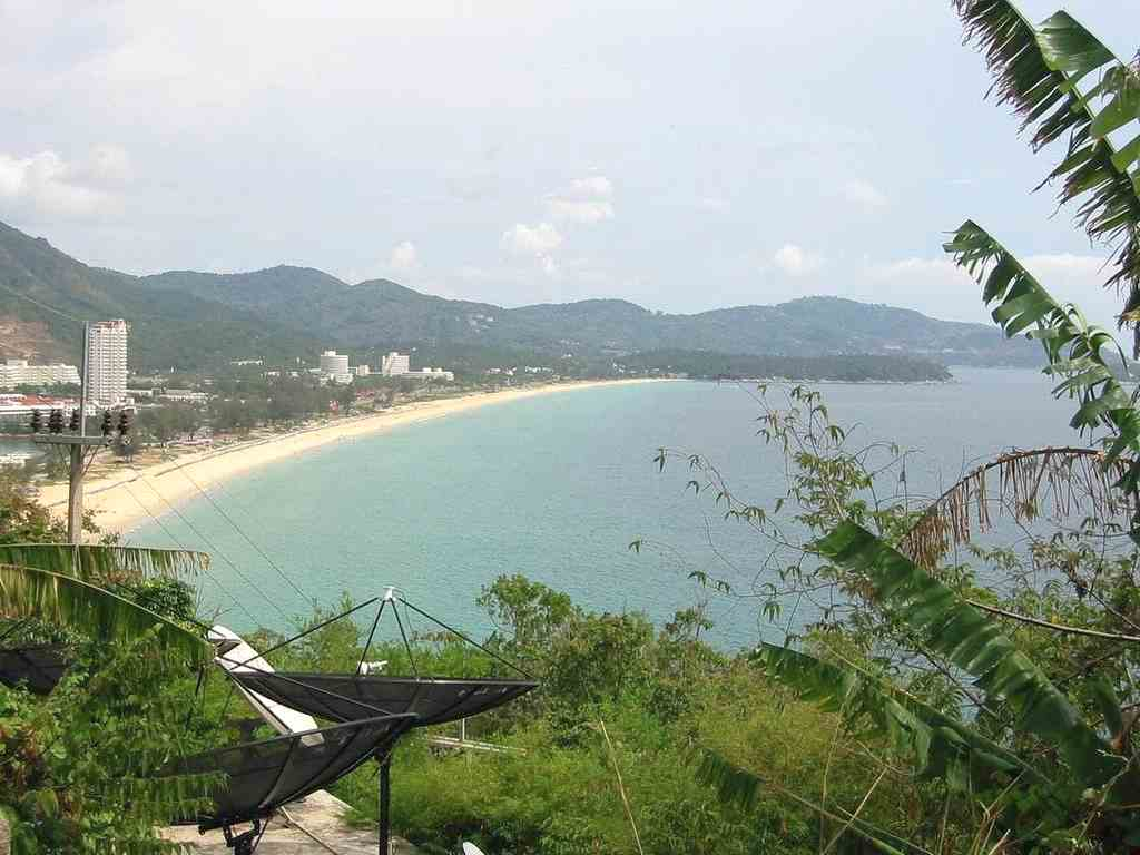 Phuket - Girlfriendly Hotels without Joiner Fee